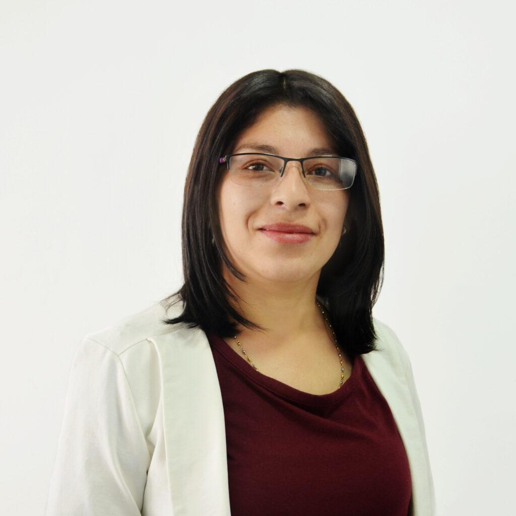Carla Cifuentes